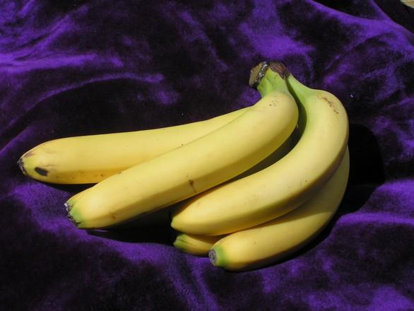 bunch of bananas 1329613