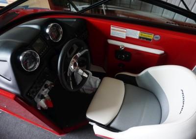 Moomba-Helm-1