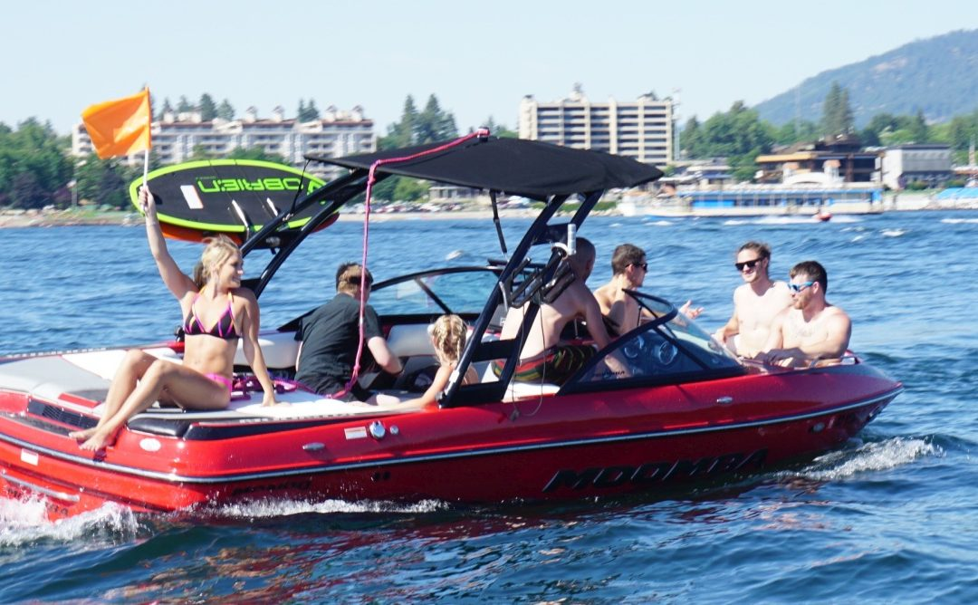 Lake Escapes Boat Rentals – Check us Out!