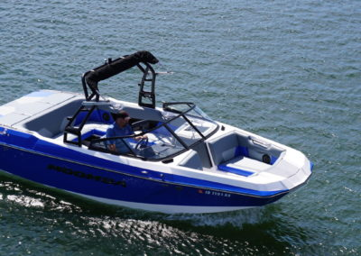 Moomba MAX 23′ Blue – Surf/Wake