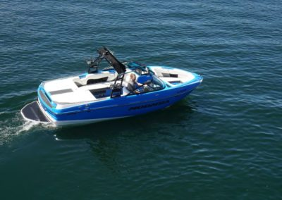 Moomba CRAZ Surf Rental1