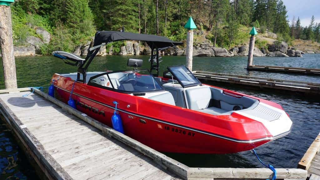moomba max red rental ext1