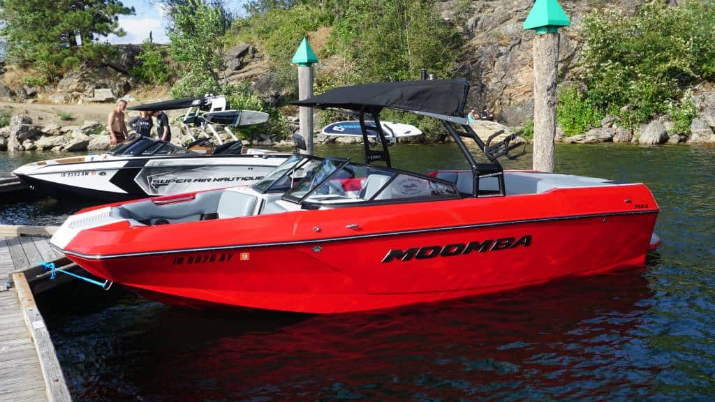 moomba max red rental ext2