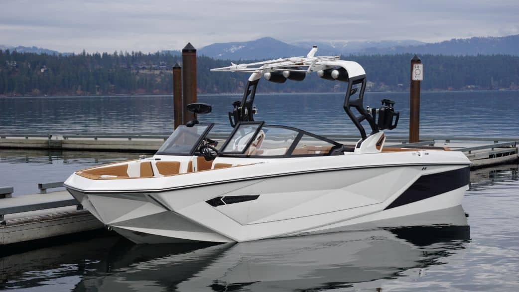 2021 super air nautique surf boat rental g25 coeur dalene exterior view