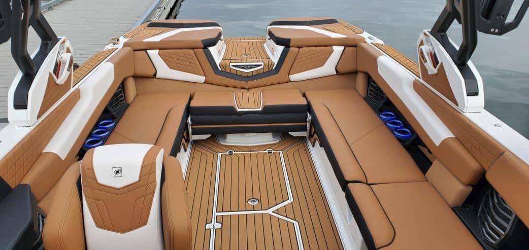 2021 super air nautique surf boat rental g25 coeur dalene interior view rear